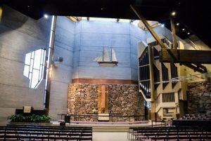 Espoonlahden kirkon uniikki arkkitehtuuri